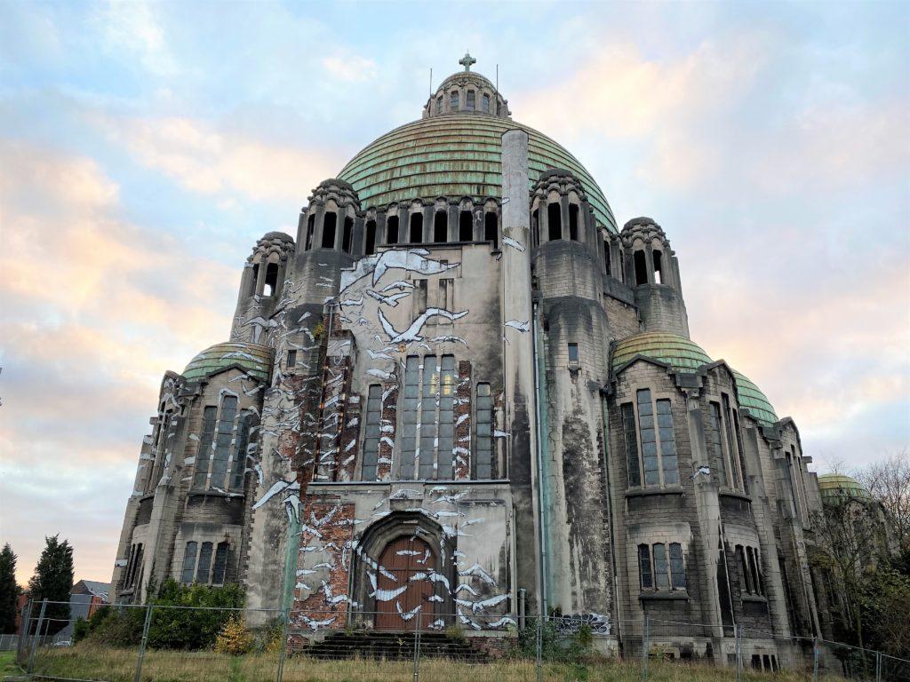 église du Sacré-Coeur de Cointe passage de la balade sur la colline de Cointe