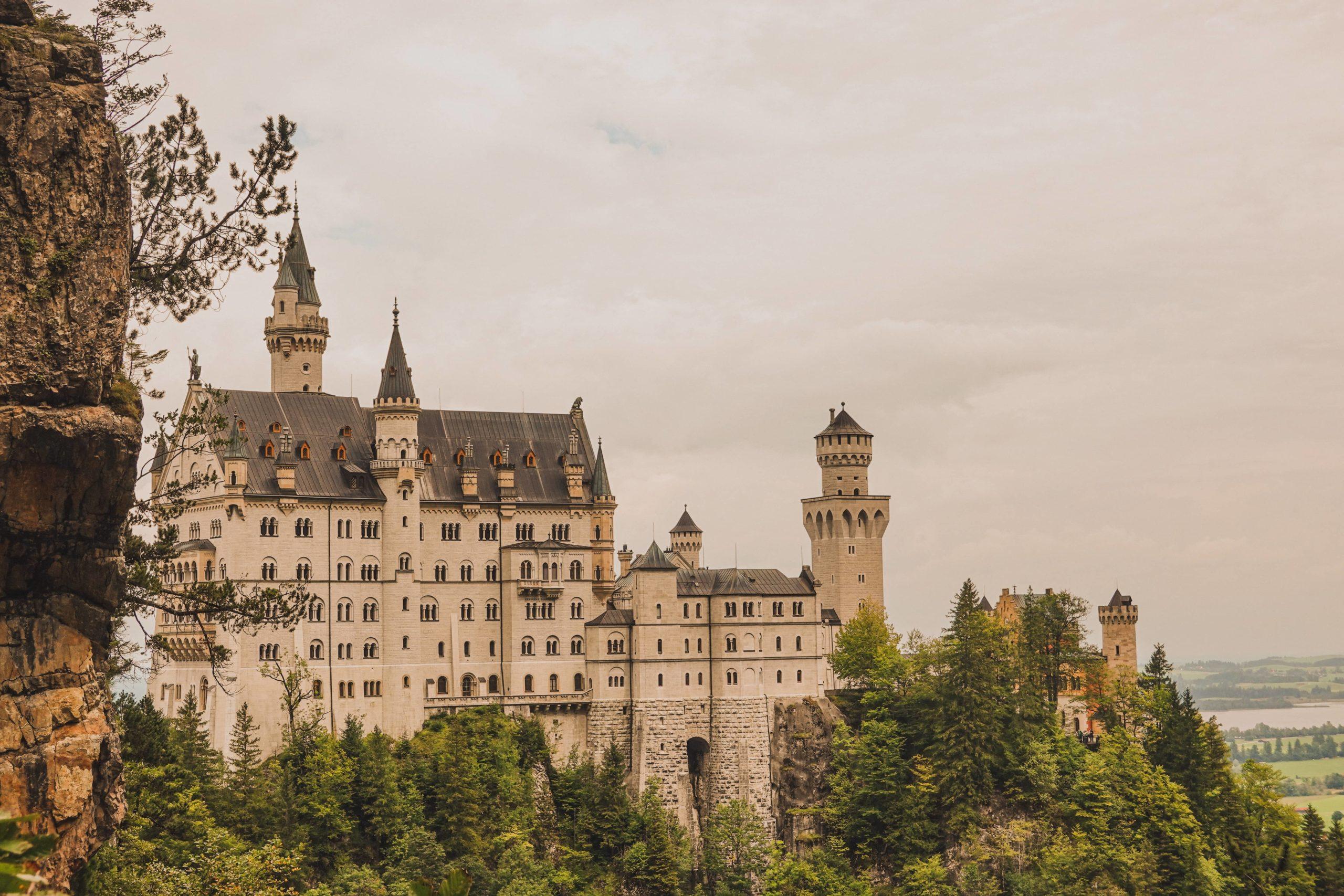 point de vue sur le château de Neuschwanstein Bavière