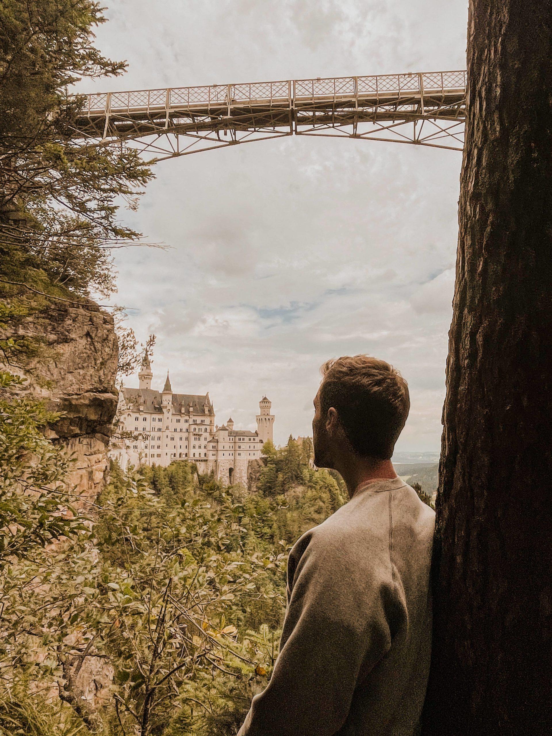 Où se rendre pour profiter du meilleur point de vue sur le château de Neuschwanstein ?